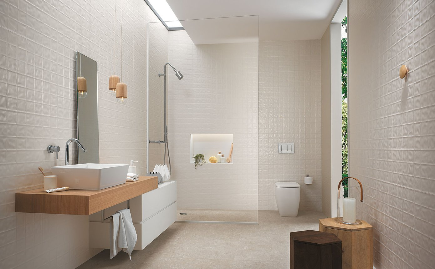 Lumina piastrelle bagni moderni effetto materico fap